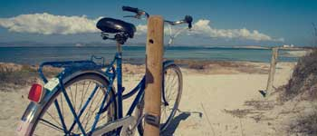Book your bike, scooter or car to get around Formentera